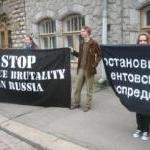 Finlandiyalı Gençlerden Rusya Karşıtı Gösteri