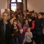 STKlar Sığınmacılar için Bir Binayı İşgal Etti