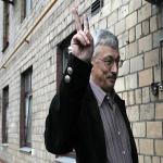 İnsan Hakları Savunucusu Beraat Etti