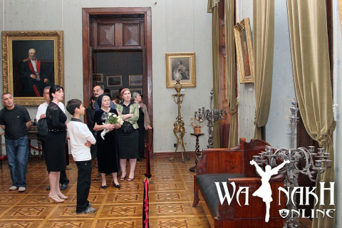 alla-dudaeva-visited-to-georgian-prince-dadiani-museum-in-zugdidi-23-may-2009-2