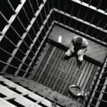Özürlü Çeçen Halen Fransa' da Tutuklu