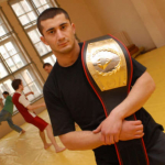 Mamed Khalidov Polonya Vatandaşlığı Aldı
