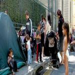 Çeçen Mülteciler Fransa'da Şehrin Göbeğine Kamp Kurdu